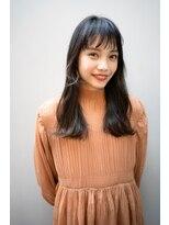 マグノリア オモテサンドウ(MAGNOLiA Omotesando)うぶ後毛が可愛いニュアンススクエア黒髪ロング