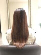 美髪エステサロンイチゴイチエ(1518)BEFOREはクリック!扱いやすい艶髪ロング