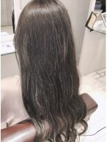 リリー ヘアーデザイン(Lilly hair design)透明感◎オリーブアッシュ