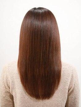 ユーフォリア ヘア(euphoria hair)の写真/なめらか・ツヤやかなストレートヘアで自信がつく☆ポイント縮毛矯正もOK!!傷みにくい薬剤使用。