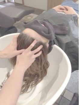 シャルムジャパン(shallm JAPAN)の写真/【スパ専用個室あり】頭皮の汚れをスッキリ落として健やかな状態に!リンパの流れを促してリフトUPにも◎