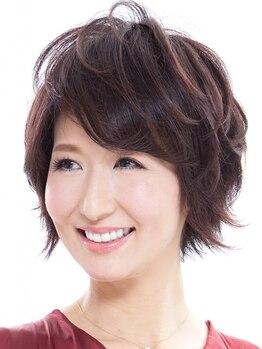 ルシア ヘア(Lucia hair)の写真/「健康で美しい髪」を維持する為に必要なアミノ酸を配合した白髪染め。髪や頭皮への刺激も最小限