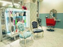 ガレット なんばウォーク(GALETTE)の雰囲気(こだわりの家具や装飾の数々…♪フレンチアンティーク空間★)