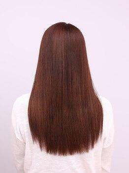 ヘアースタンダード(HAIR STANDARD)の写真/【深江橋駅3分】選び抜いた上質な薬剤を使用したダメージレスな縮毛矯正!より自然な仕上がりが叶います♪