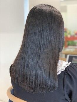 リラックスヘアーサロン ワッカ(Relax Hair Salon WAKKA)の写真/【ダメージレス☆ツヤストレート】ナチュラルな質感で、施術する前よりも美しい髪質に導いてくれる♪