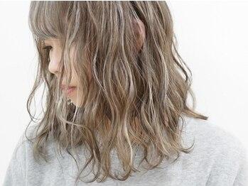 シイノ(Siino)の写真/[個性×トレンド]都会的なDesignでFashion性のあるヘアカラーを【ケアカラー+ハイライトカラー】