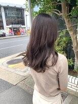 ロイ(roy)☆髪の毛が柔らかく見えるアッシュベージュカラー☆