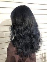 ビーヘアサロン(Beee hair salon)ネイビーブルー