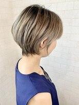 アルマヘア(Alma hair)大人かわいい☆シャドウルーツショート