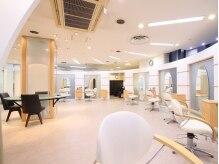リアン ヘアーデザインスタジオ 横須賀店(Lien hair design studio)の雰囲気(見渡せる空間でご家族や友達(お子様)と一緒に来店できる♪)