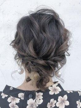 ナーリー(GNARLY Hair Design)の写真/【駐車場アリ】早朝ヘアセットもご予約OK(1時間毎+¥540)♪シーンに合わせ、どんなスタイルもおまかせ!