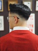 フランクサイドバーン(Frank Sideburns)【barber】スキンフェード・ミドル