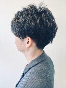 クレーデヘアーズ 周南久米店(crede hairs)の写真/【周南久米イオン/駐車場有】ON/OFF切り替え可能。オトナのパーマ・ツーブロックで魅力的なStyleを叶えます