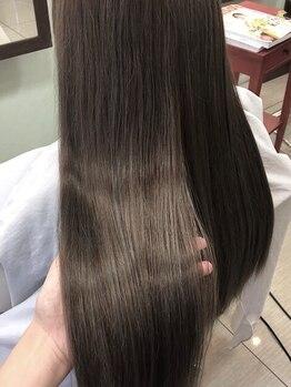 ヘアークリエイション クラフト(HAIRCREATION CRAFT)の写真/【厳選サロンでしか味わえないAujua】一人一人の髪質、ダメージの状態に合わせてトリートメントをセレクト!
