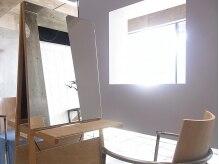 グラス(glass)の雰囲気(シンプルで落ち着いて過ごせるセットスペースでゆったりと施術。)