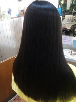 エリアデュクス(AREADEUX)の写真/髪そのものを創る!!髪を芯から改善・補修し、施術する度に髪が美しくなる『キラ髪』縮毛矯正!