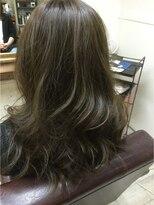 ファシオ ヘア デザイン(faccio hair design)イルミナカラーのグレージュ