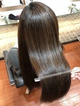 アイ チワワヌーピー(EYE CHIHUAHUA Noopee)の写真/【美髪チャージ¥5000~】さらさらと輝く美しい髪を貴女に◆すれ違う人が振り返るツヤ髪を手に入れませんか