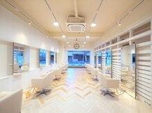 オーロ 西大寺店(ORO)の雰囲気(明るく開放的な店内で最先端の技術をご提案いたします☆)
