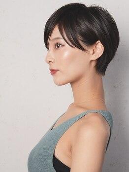 ニーフ 恵比寿(neaf)の写真/すきバサミなし!大人気のフェイスラインカット♪艶髪&小顔になれる技術に圧倒されるはず◎