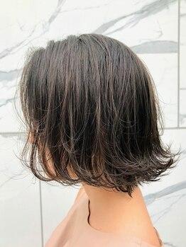 フランヘアーアート(franc hair art)の写真/『カット+グレイカラー(前処理Tr付)¥4900』潤い溢れる6種のハーブエキス配合!赤みをなくすイルミナも人気!!