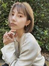 ニール(Neelu)【Neelu】 透明感ハイトーンで作るハンサムBOB