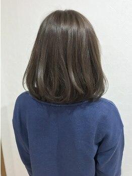 ルイシンデレラ バニラ(LOUISCINDERELLA×Vanilla)の写真/【大通り/カット+カラー¥6000~】オトナの女性のための洗練されたカラーで、2~3歳の若見えstyleが叶う♪