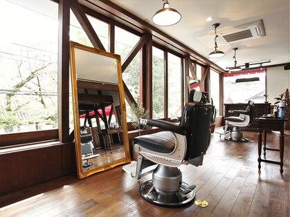 サムソンアンドデリラ 井上理髪店の写真