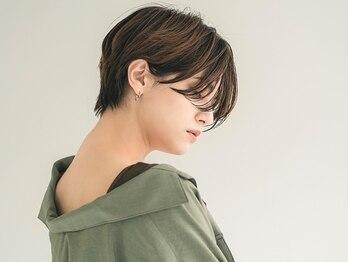 エンタク 新宿店(enntaku)の写真/白髪染めで透明感を楽しむ!ファッションカラーに近い色味で、暗くならずお洒落な仕上がりに。【新宿】