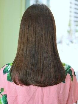 スーズ(suze)の写真/【東銀座・銀座駅徒歩5分】髪の傷みにお困りの方に◎ダメージを防ぐ技術で繰り返しのカラーもダメージレス!
