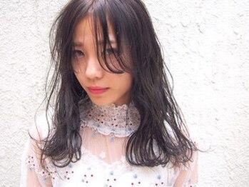 キイロ(KiiRO)の写真/【人気MENU★】作り置きのできない生トリートメントはその場で調合。極上のうるぷる艶々の髪に♪