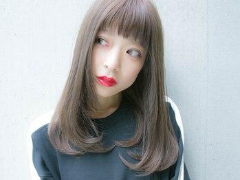 ルティア(Lutia)の写真/【自然な縮毛矯正】強いクセ毛でもサラサラ【縮毛矯正+カット+Tr付 ¥9800】口コミで人気のメニュー♪