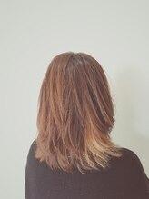 ヴィハーラ ヘアアンドビューティーライフサロン(VIHARA HAIR BEAUTY LIFE SALON)ミディアムデザインカラースタイル