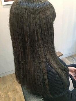 ロータス ヘアデザイン(LOTUS hair design.)の写真/キレイに髪を伸ばしたい方必見☆貴方の髪の状態に合わせたオーダーメイド型トリートメントで髪質改善を─。