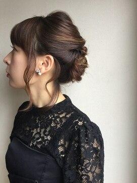 クブヘアー(kubu hair)《Kubuhair》上品ヘアセット
