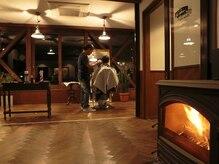 サムソンアンドデリラ 井上理髪店の雰囲気(男性ファンを惹きつけてやまないバーバーサロン!!)
