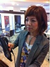 ヘアメイク コンフィアンス(Hair make confiance)山内 江里子