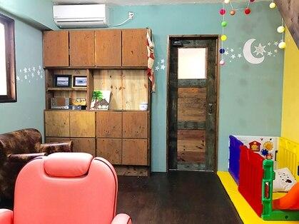 ウッドビル ヘアーハウス(Woodville Hair House)の写真