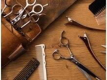 ワワ ヘアサロン 高円寺店(WAWA HAIR SALON)の雰囲気(お客様の髪質に合わせ5本のハサミを使い分けてます。【高円寺】)
