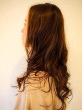 アーク ヘアーズ(ARK Hair's)大人女子のナチュラル外国人風カラー