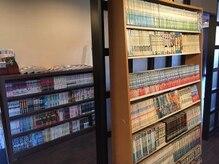 ヘアーラウンジジャパン(HAIR LOUNGE JAPAN)の雰囲気(新聞、雑誌、漫画などなど、豊富にそろえております。。)
