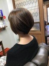 髪処 ほのりレイヤーショート