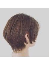 ヘアスペースソル(Hair space SOL/)グラデュエイトショートボブ