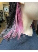 ジャコ ヘアー(jako HAIR)黒髪ボブ インナーカラー イヤリングカラー ピンクカラー