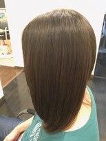 フェリーク ヘアサロン(Feerique hair salon)ナチュラルアッシュホワイトインナーカラー