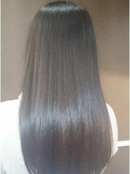 ティフル(tiful)の写真/ダメージレスで髪に優しい!自然なストレートのサラサラな指通りを実感して下さい♪