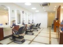 クレス 戸田店 メンズ店(CLESC)の雰囲気(男性客フロア。シャンプーへの席移動無く全ての施術が出来ます。)