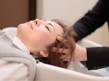 サンロード 草薙(SUNRHODES)の写真/【まずは体験★】SPA専用個室で贅沢リラックスTime…髪もココロも癒される至福のひと時を体感して下さい!