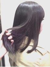 エルミタージュ(Hermitage)「紫のインナーカラーで見えないオシャレ」