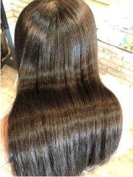 ソルシエールドゥアラジン(Sorciere de aladdin)の写真/【本山】素の髪がこんなに軽いとは美容師も知らない!コーティングの誤魔化し無しの潤艶ふわ髪が自慢!